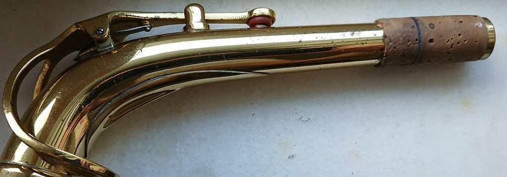 Beginners guide to Saxophone: Neck and Cork